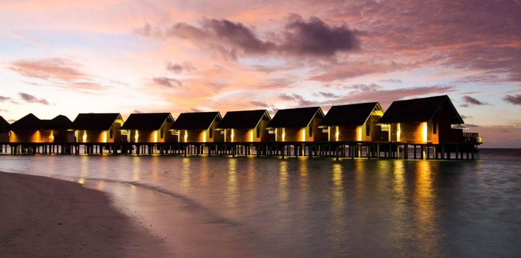 Free Night Offer at Kandolhu Maldives