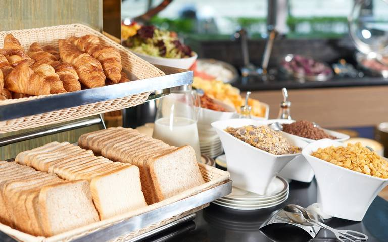 Free Buffet Breakfast for 2 with Extra 15% Off